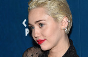 Miley Cyrus glammed up her lobes with some diamond earrings for an event at Omnia Nightclub.