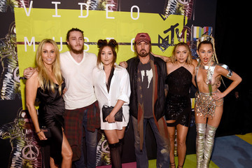 Miley Cyrus Billy Ray Cyrus 2015 MTV Video Music Awards - Red Carpet