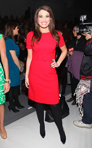 Kimberly Guilfoyle's belted red sheath at the Milly by Michelle Smith fashion show had a chic '60s feel.