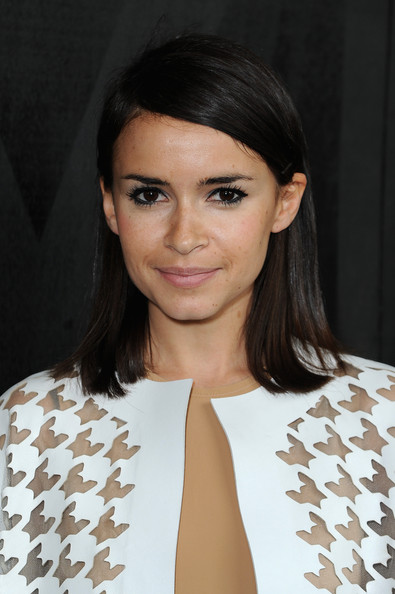 Miroslava Duma Medium Straight Cut