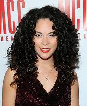Genny Lis Padilla rocked long tight curls at Miscast 2013.