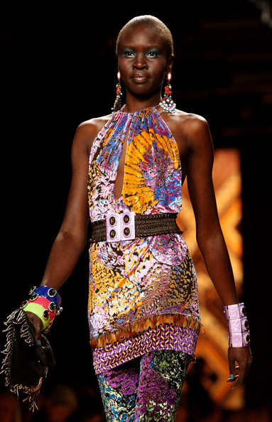 More Pics of Alek Wek Print Dress (2 of 22) - Alek Wek Lookbook - StyleBistro
