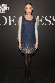 Mia Moretti made a very cute choice with this denim dress, featuring sparkly sleeves and an embellished hem, for the 'De Djess' screening.