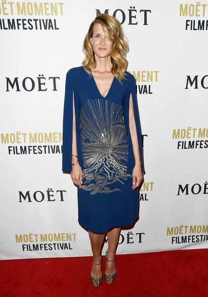 Laura Dern finished off her red carpet look with a pair of silver knot-detail peep-toes.