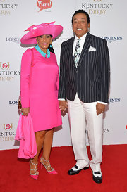 Smokey Robinson finished off his classy ensemble with a pair of black-and-white wingtips.