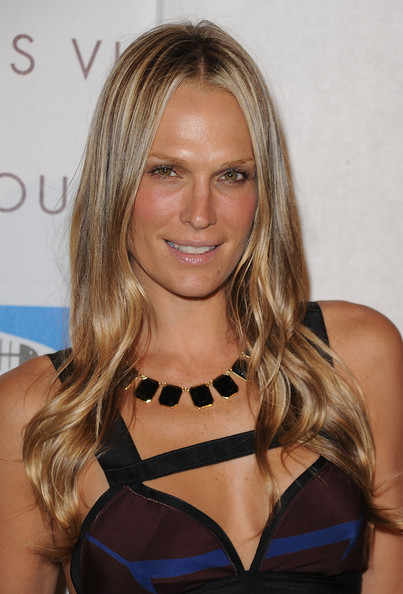 Molly Sims Long Hairstyles