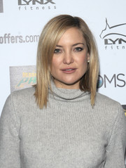 Kate Hudson looked stylish with her sleek layered cut at the Moms Mamarazzi 'Kung Fu Panda 3' screening.