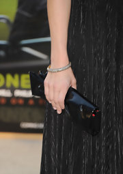 Anna Faris paired her sexy black gown with a diamond bangle bracelet.