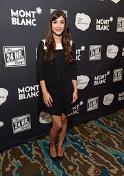 Hannah Simone's black pointy pumps and two-tone cocktail dress at Montblanc's 24 Hour Plays were a very classy pairing.