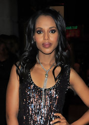 Actress Kerry Washington attended the Moncler and Vogue Cocktail Party wearing an oxidized sterling silver multi-chain lariat necklace with Tahitian pearls.