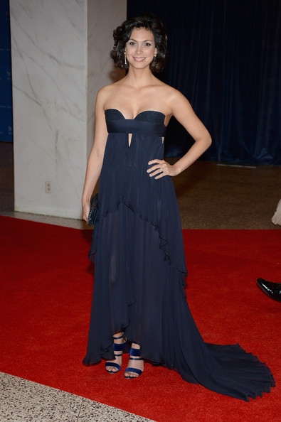 Morena Baccarin Strapless Dress