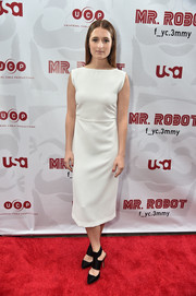 Grace Gummer kept it minimal with this sleeveless white midi dress at the 'Mr. Robot' FYC screening.
