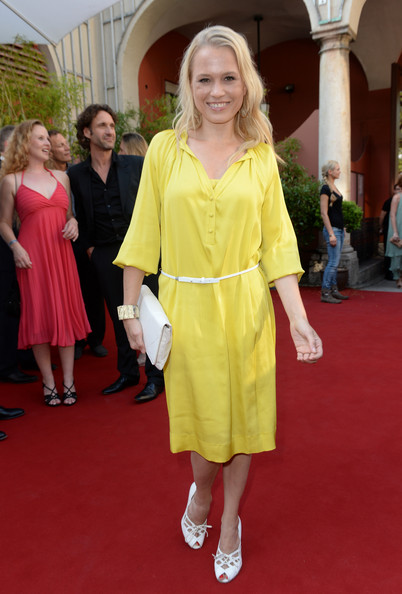 Nova opted for casual chic with this yellow shirtdress.