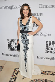 Mariska wore a graphic print evening dress with a subtle train at the Museum tribute to Alec Baldwin.