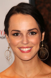 Erin Cahill showed off her multi-hoop earrings while attending the International Film festival. These gold hoops were the perfect way to highlight her loose ponytial.