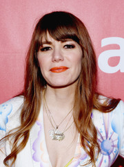 Jenny Lewis sported subtle waves and rounded bangs when she attended the MusiCares Person of the Year Gala.