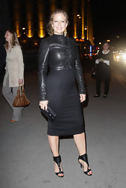 Barbara Schoeneberger carried a small leather clutch to finish off her elegant Pre Echo look.