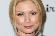 Myanna Buring Bobby Pinned updo