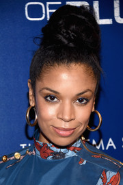 Susan Kelechi Watson rocked a massive top knot at the premiere of 'Shades of Blue' season 2.