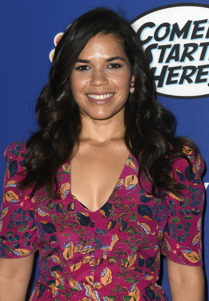 More Pics of America Ferrera Pumps (2 of 4) - Heels Lookbook - StyleBistro [hair,hairstyle,long hair,black hair,premiere,smile,brown hair,lace wig,america ferrera,neuehouse hollywood,los angeles,california,nbc,comedy starts here - arrivals]