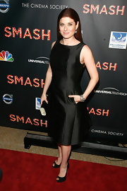 Debra Messing wore a structured LBD to the premiere of 'Smash' in NYC.