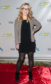 Rachael Harris opted for a more casual look with this streamline LBD paired with a zip-up jacket.