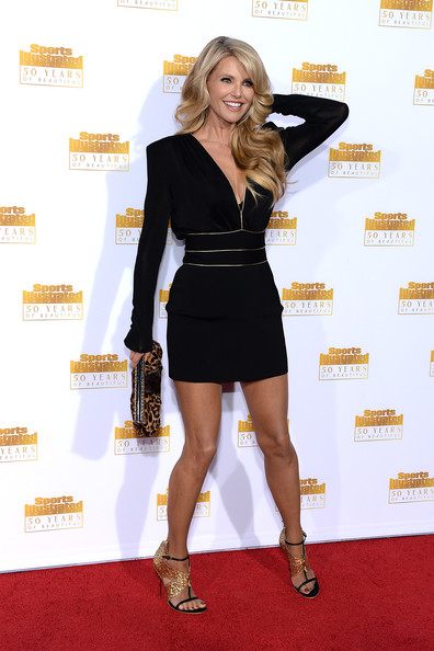 More Pics of Christie Brinkley Printed Clutch (1 of 21) - Christie Brinkley Lookbook - StyleBistro