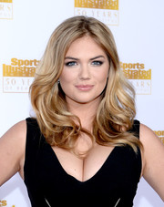 Kate Upton looked so lovely with her bouncy waves at the Sports Illustrated Swimsuit Issue 50th anniversary bash.