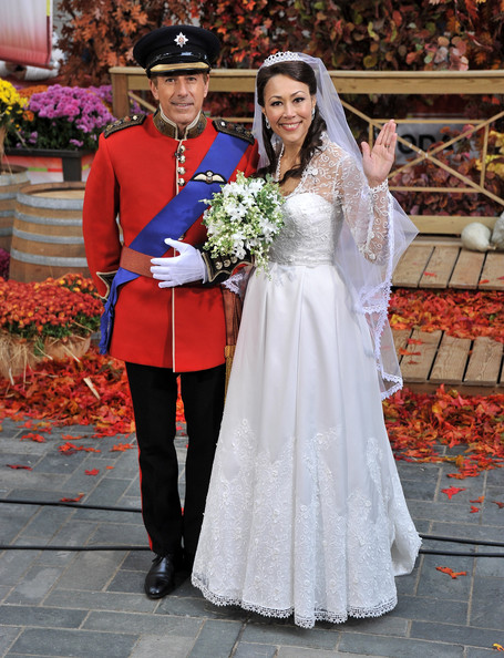 Ann Curry and Matt Lauer as Prince William and Kate Middleton