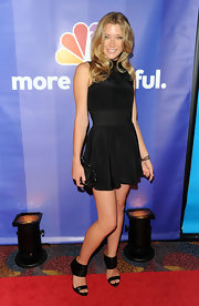 Actress Sarah Roemer went with an all black outfit for the Upfront Presentations.  Check out these sexy cutout sandals.