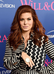 Debra Messing blinged up with an oversized ring.