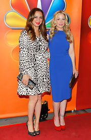 Maya Rudolph posed with Christina Applegate at the NBC Upfront presentation in this leopard print long-sleeve dress.