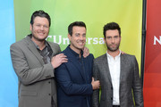 Carson Daly and Blake Shelton Photo