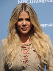 Khloe Kardashian rocked edgy-glam waves at the NBCUniversal Upfront.