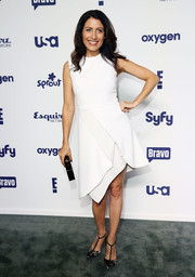Lisa Edelstein attended the NBCUniversal Cable Entertainment Upfronts wearing a little white dress with an asymmetrical hem and folded detailing.