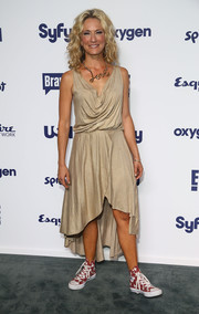 Cat Greenleaf draped herself in a sleeveless nude fishtail dress for the NBCUniversal Cable Entertainment Upfronts.