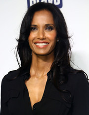 Padma Lakshmi left her hair loose with gentle waves when she attended the NBCUniversal Cable Entertainment Upfronts.