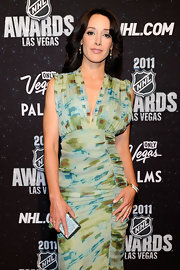 Jennifer Beals glammed it up at the 2011 NHL Awards with a trio of stacked shimmery gold bangles.