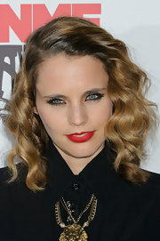 Anna Calvi attended the 2012 NME Awards wearing a true red matte lipstick
