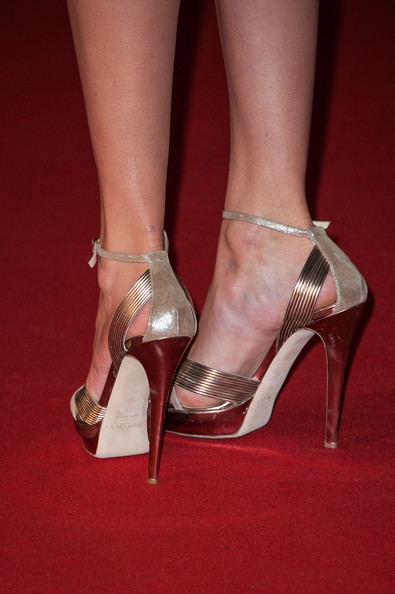 More Pics of Taylor Swift Evening Sandals (5 of 25) - Taylor Swift Lookbook - StyleBistro