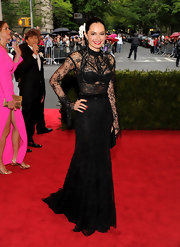 Lisa Airan was a Gothic beauty at the Met Galal in this mystical black lace gown.