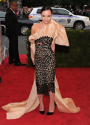 Christina Ricci was a fashion dare devil on the red carpet in this winged ribbon masterpiece.