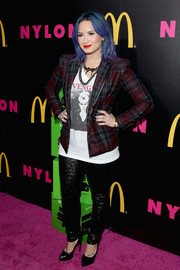 Demi Lovato added some sparkle to her look via a pair of sequined black skinnies by Hudson.