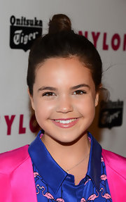 Bailee Madison's top knot had a lovely ballerina-touch to it on the red carpet.