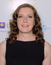 Susanna showed off her long curls while attending the premiere of 'Nanny McPhee'.