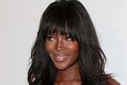 Naomi Campbell Long Wavy Cut with Bangs
