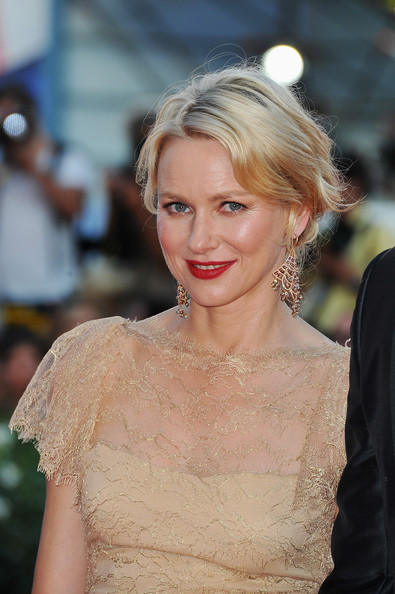 Naomi Watts French Twist