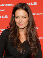 Katie's hair is perfectly layered for this kind of wavy style!