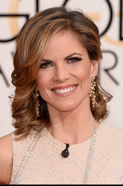 Natalie Morales Medium Wavy Cut [hair,face,hairstyle,eyebrow,chin,skin,blond,beauty,layered hair,brown hair,arrivals,natalie morales,beverly hills,california,the beverly hilton hotel,annual golden globe awards]