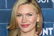Natasha Henstridge Long Straight Cut